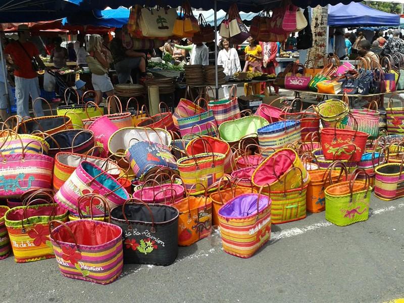 Visite du marché de Saint-Paul