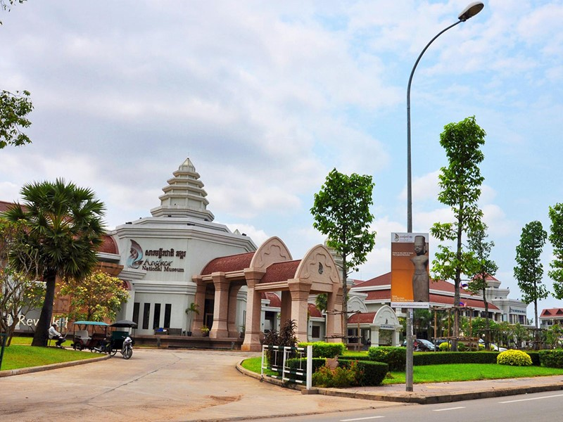 Visite du musée national d'Angkor à Siem Reap