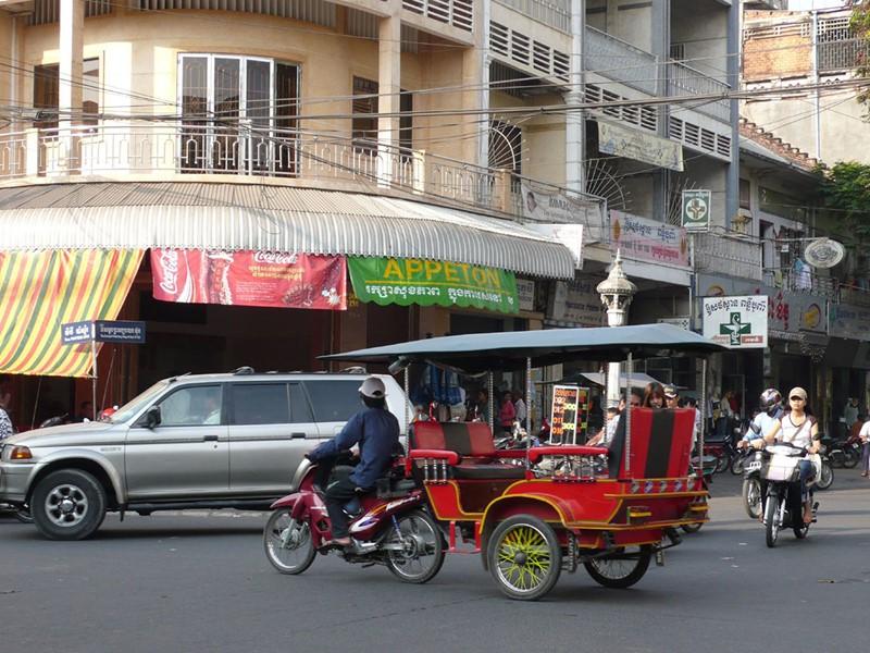 Découvrez Phnom Penh en Tuk Tuk