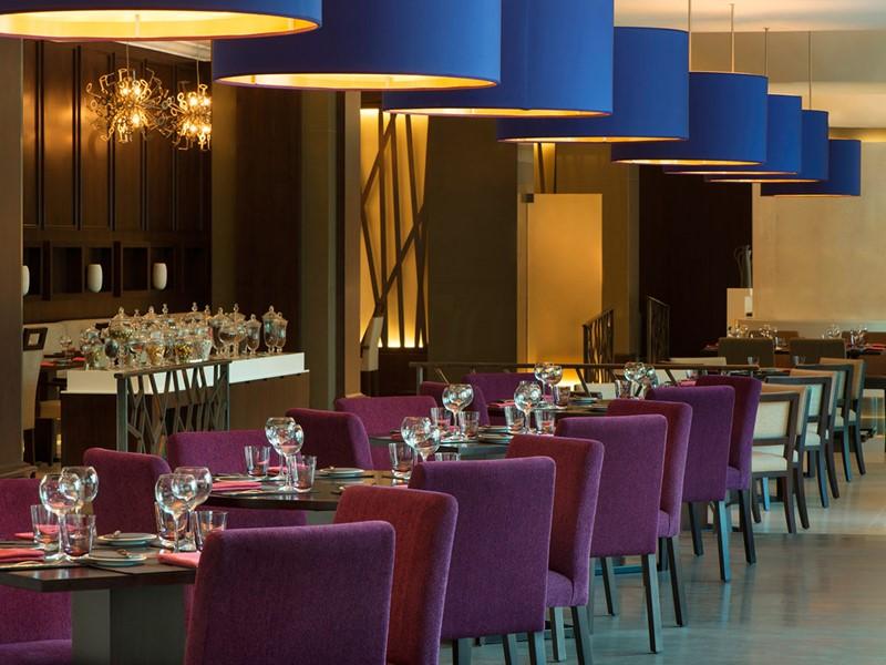 Autre vue du Latest Recipe Restaurant du Méridien Mina Seyahi