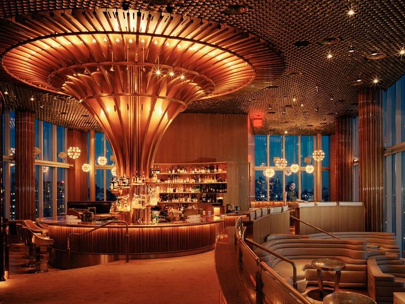 Profitez du restaurant Rooftop de l'hôtel, vous y découvrirez un espace chic & branché