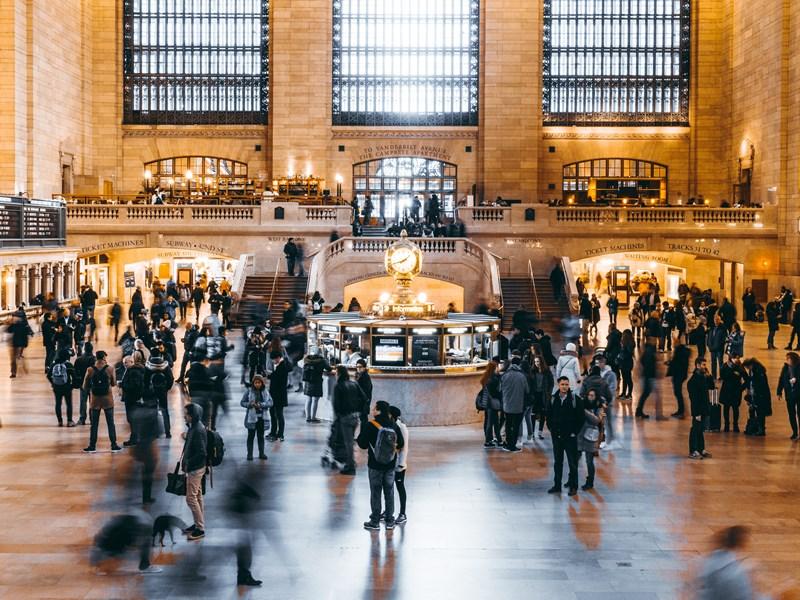 Dirigez-vous au Grand Central, où se trouve le plus beau et grand marché de Noël de la ville