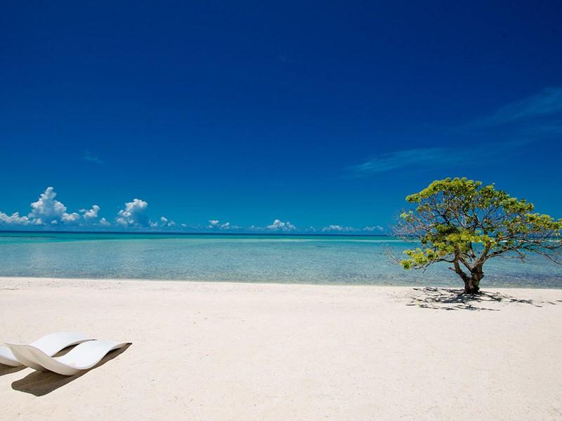 La superbe plage de l'annexe Le Sauvage en Polynésie