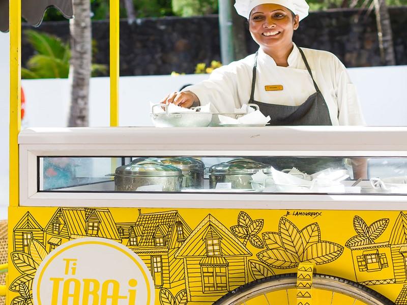 Street food mauricienne au Taba-J
