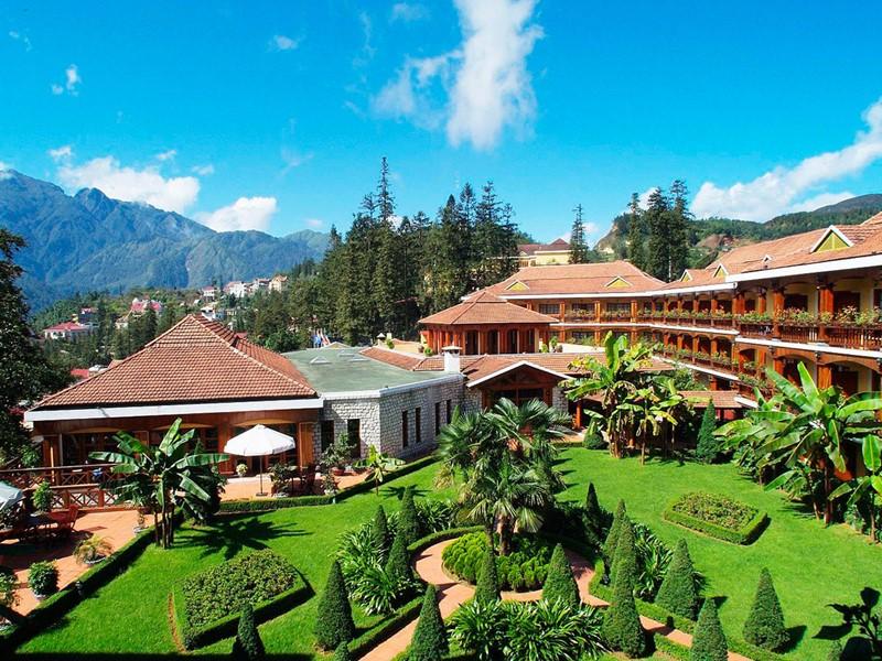 Le Victoria Sapa Resort, un hôtel de luxe construit dans le style d'un chalet traditionnel de montagne