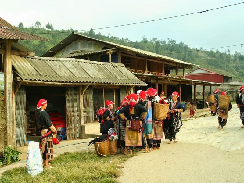 Visite du village de Ta Phin à la rencontre des Hmong Noirs et des Dao Rouges
