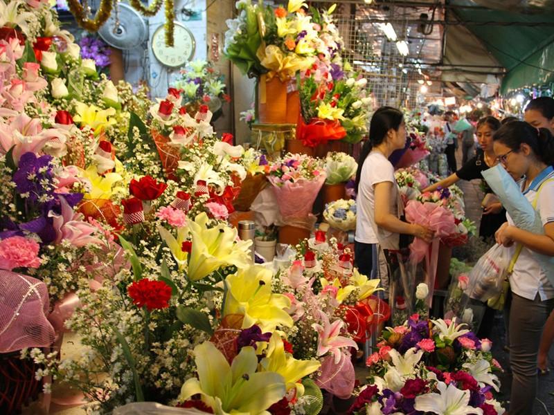 Le fameux marché aux fleurs (Pak Klong Talat) de Bangkok