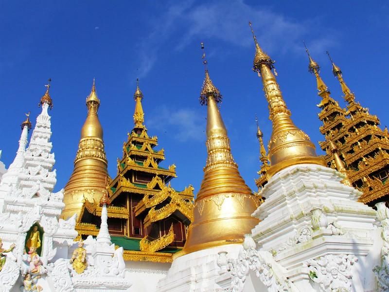 Profitez de ce voyage exceptionnel au Myanmar pour découvrir des temples impressionants