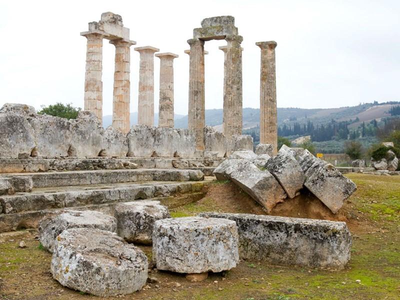 Explorez les ruines de la région de Némée