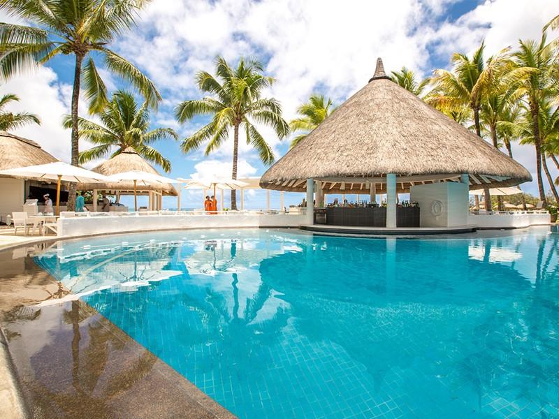 Le bar de la piscine