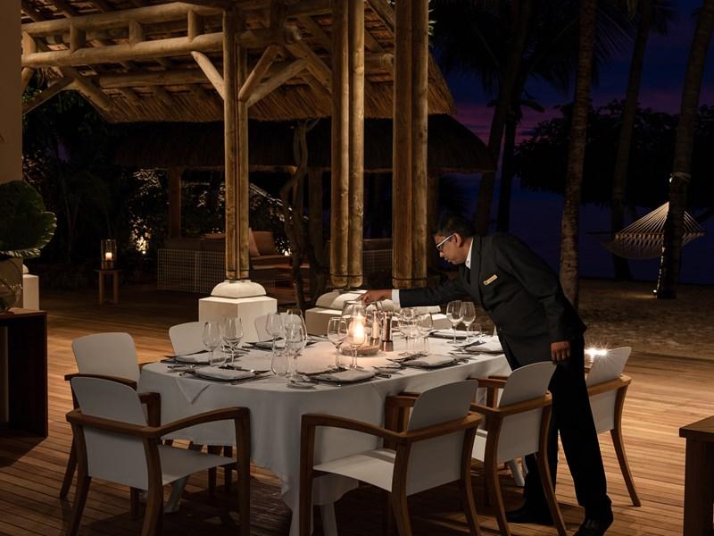Somptueux dîner dans votre Presidential Villa