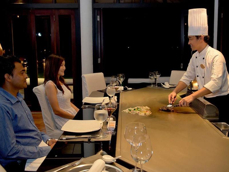 Spécialités asiatiques au restaurant Teppanyaki