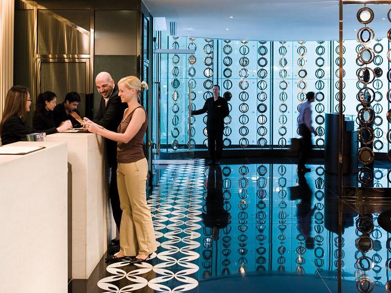 La réception de l'hôtel LKF by Rhombus en Chine