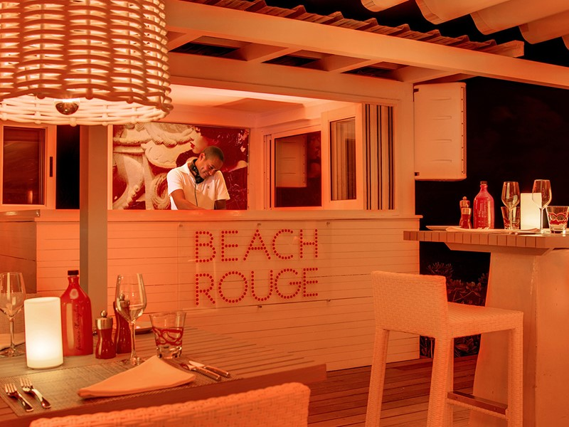 Le Beach Rouge