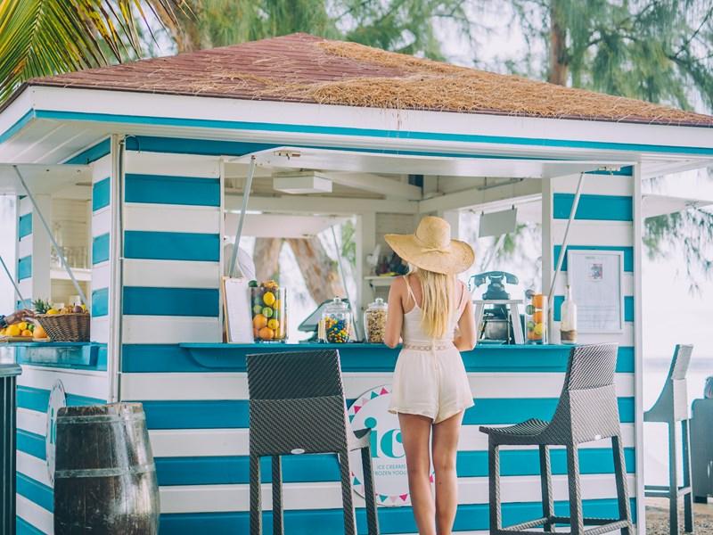 Rafraichissez vous sur la plage