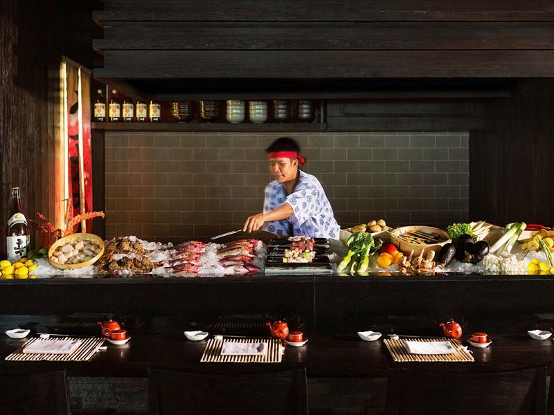 Le chef à l'oeuvre au restaurant Umami