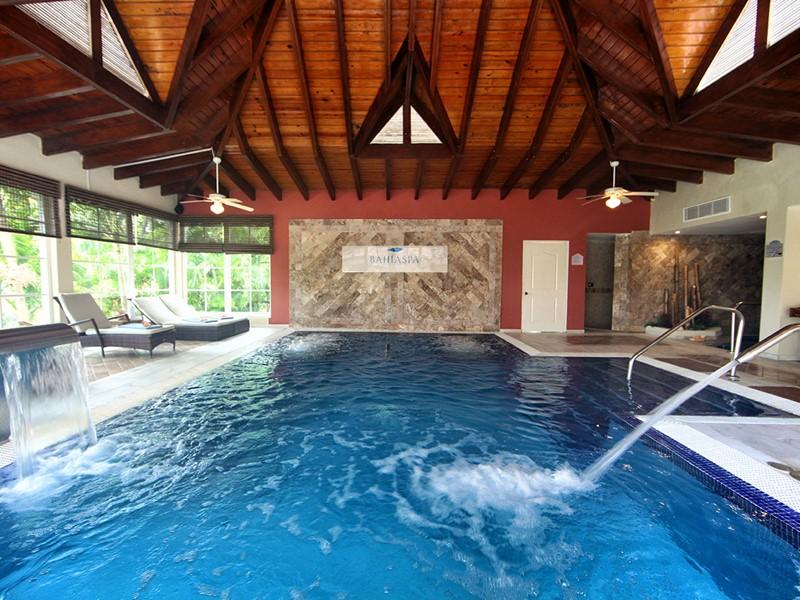 La piscine du spa du Luxury Bahia Principe Cayo Levantado