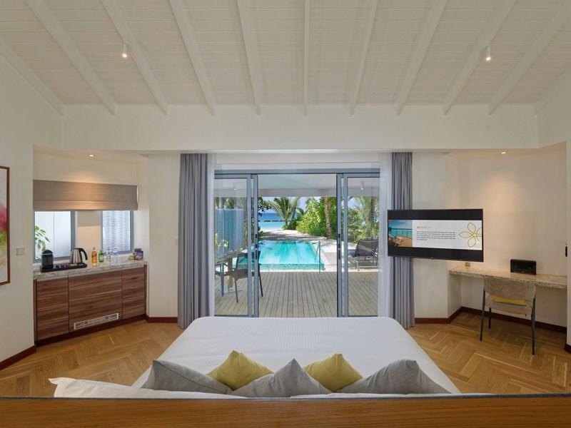 La Beach Pool Villa