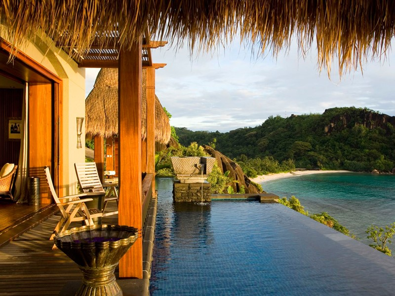 La piscine de l'Ocean Panoramic Villa