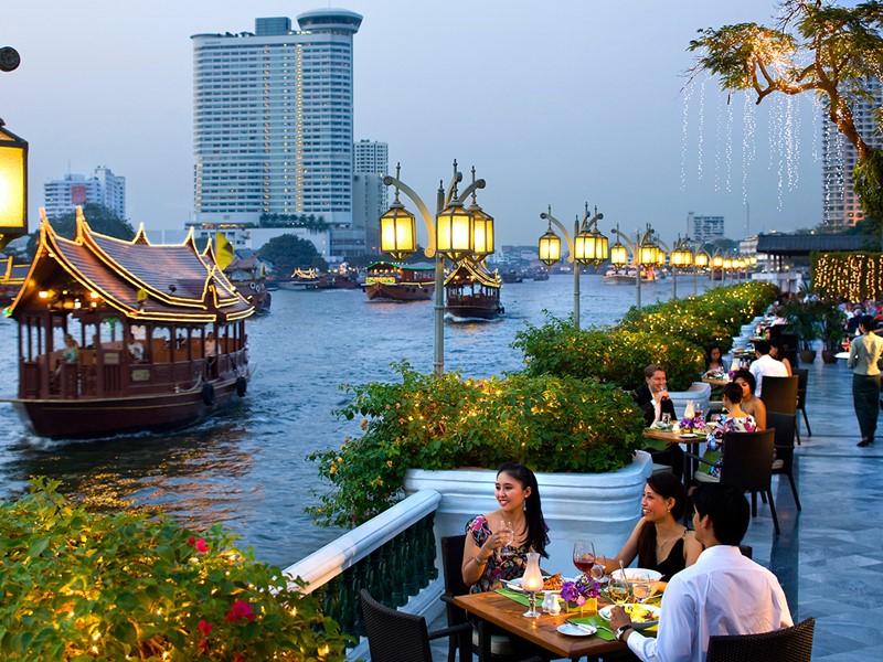 Restaurant Riverside Terrace