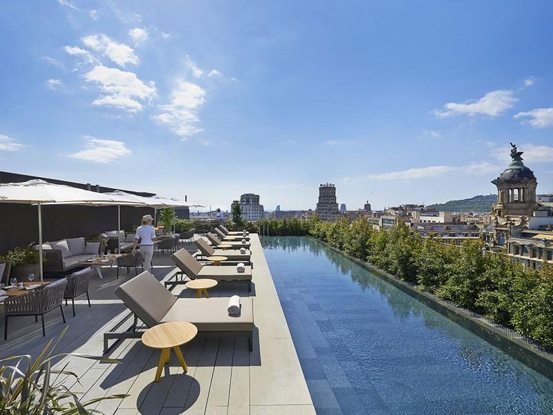 Piscine de l'hôtel Mandarin Oriental en Espagne