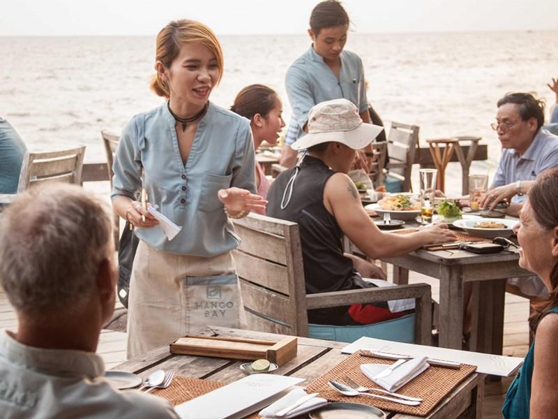 Dégustez des plats délicieux au restaurant du Mango Bay au Vietnam