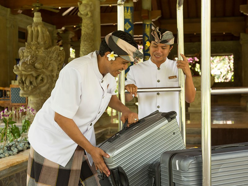 Service d'exception à l'hôtel Matahari Beach Resort