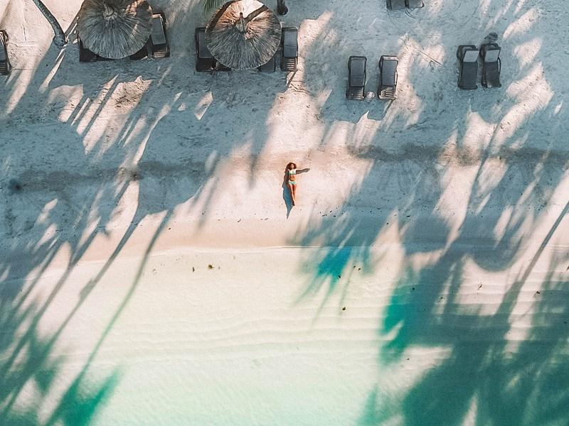 Profitez du sable blanc