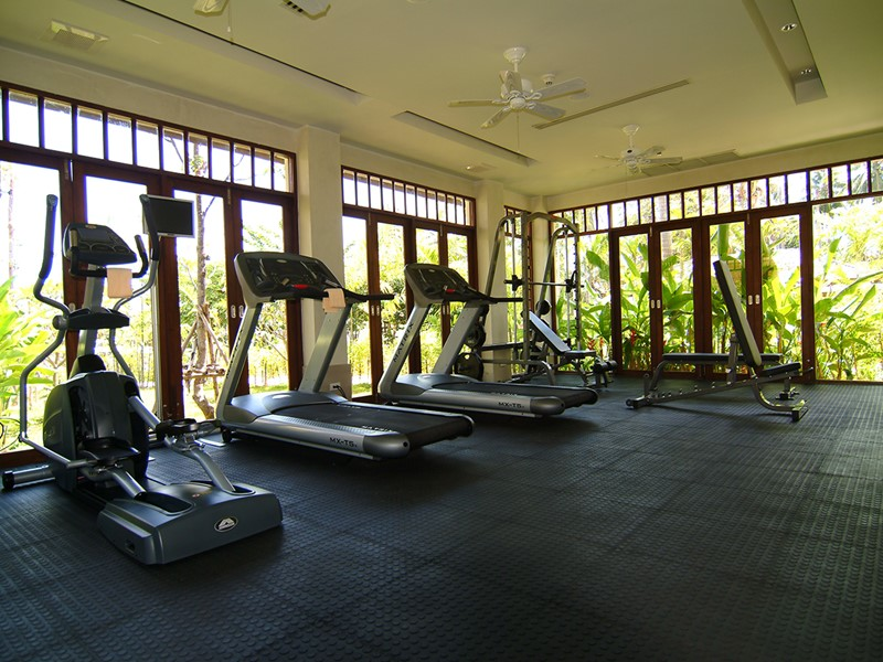 La salle de remise en forme du Melati Beach Resort