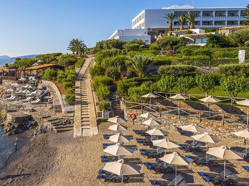 Vue de l'hôtel 5 étoiles Minos Palace en Crète