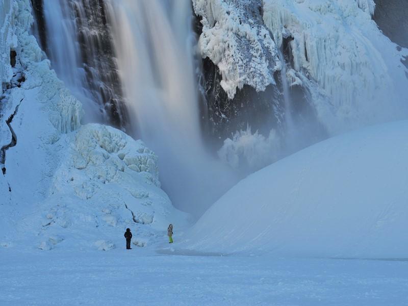 Faites un détour pour admirer les chutes Montmorency