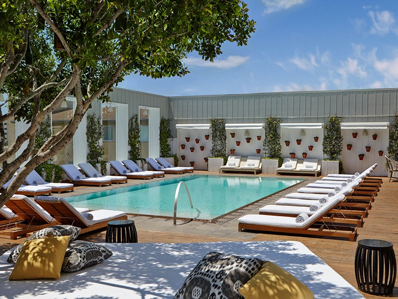 La piscine du Mondrian, au coeur du quartier vibrant de West Hollywood