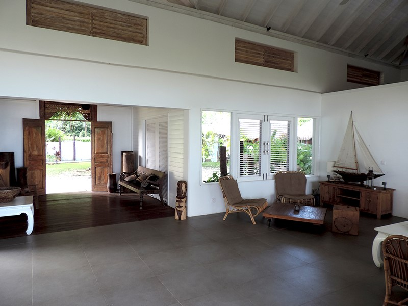 Le lobby du Moorea Beach Lodge