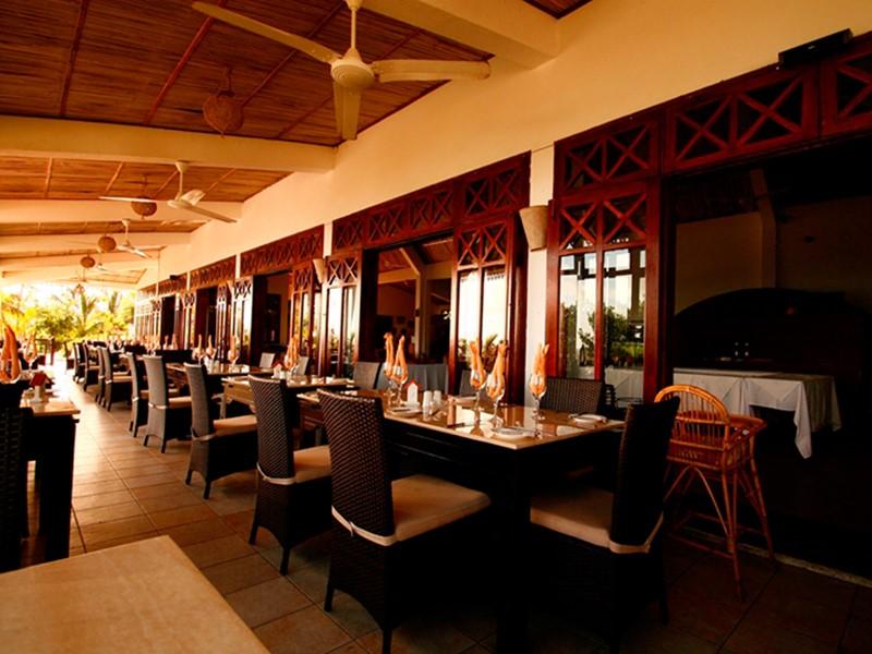 Goûtez aux spécialités créoles au restaurant Mourouk