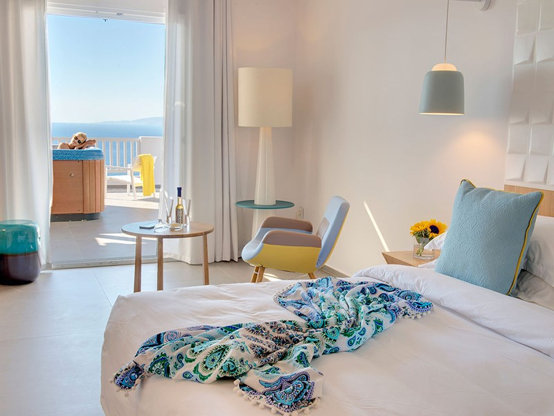 Phos Junior Suite