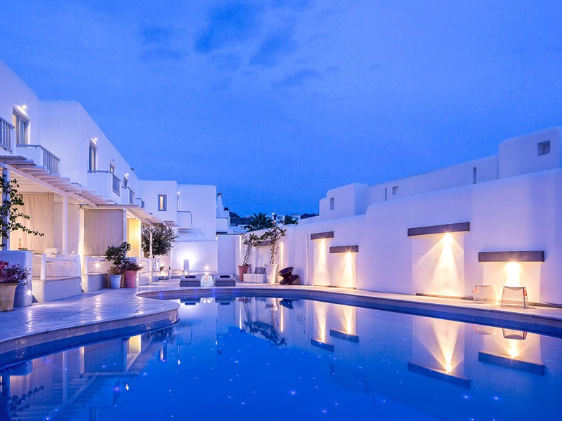 La piscine de l'hôtel Mykonos Ammos en Grèce