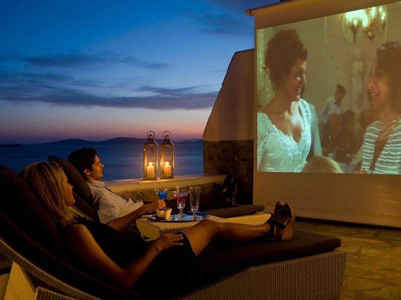 Le cinéma en plein air de l'hôtel Mykonos Grand