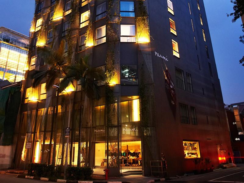Façade de l'hôtel Naumi en plein centre de Singapour