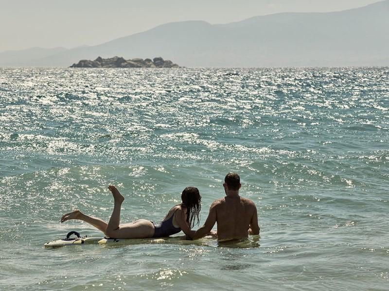 Rafraîchissez-vous dans la mer Égée