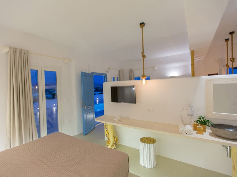 Exclusive Horizon Suite
