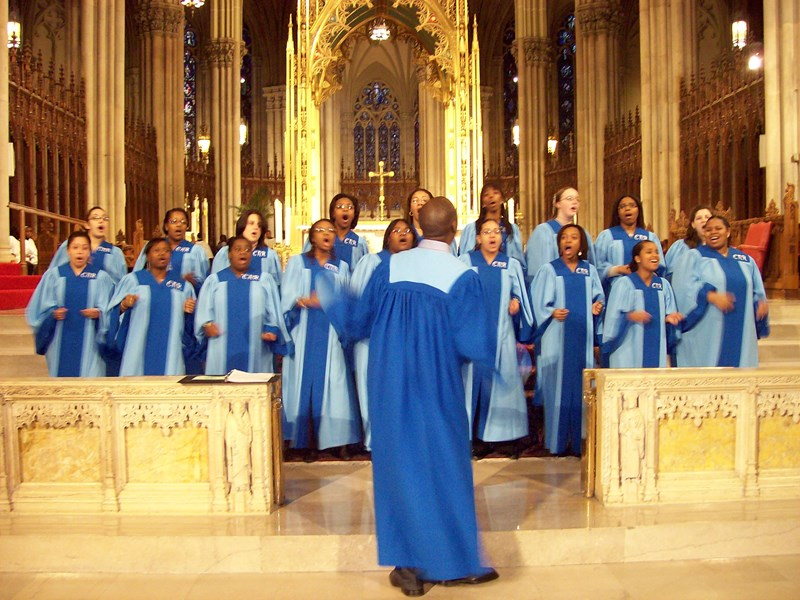 Direction d'Harlem, pour assister à une messe gospel