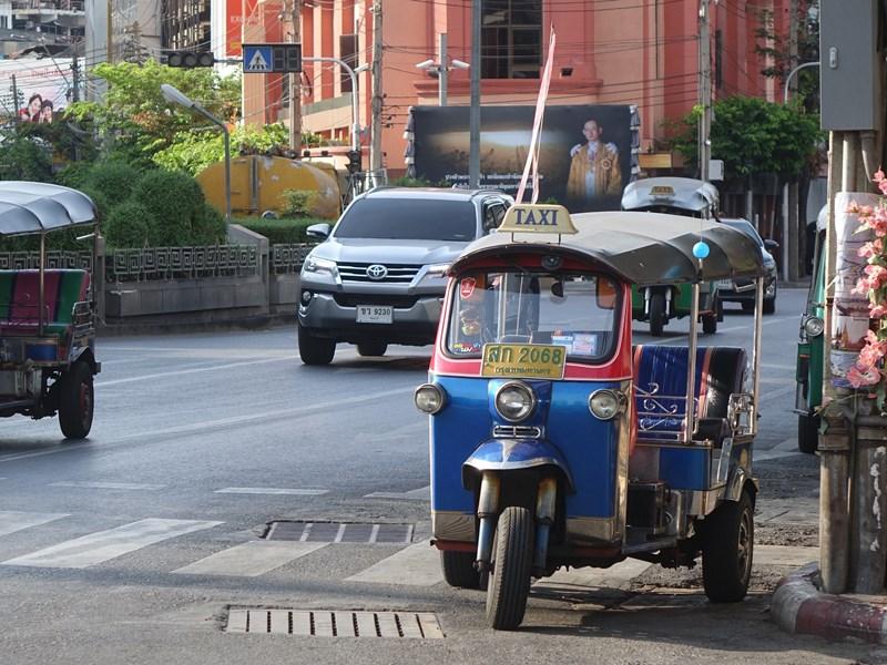 Empruntez le Tuk Tuk pour vos déplacements dans Bangkok