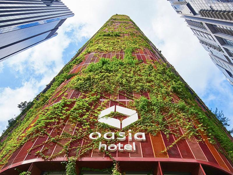 La surprenante façade végétale de l'Oasia Hotel Downtonwn