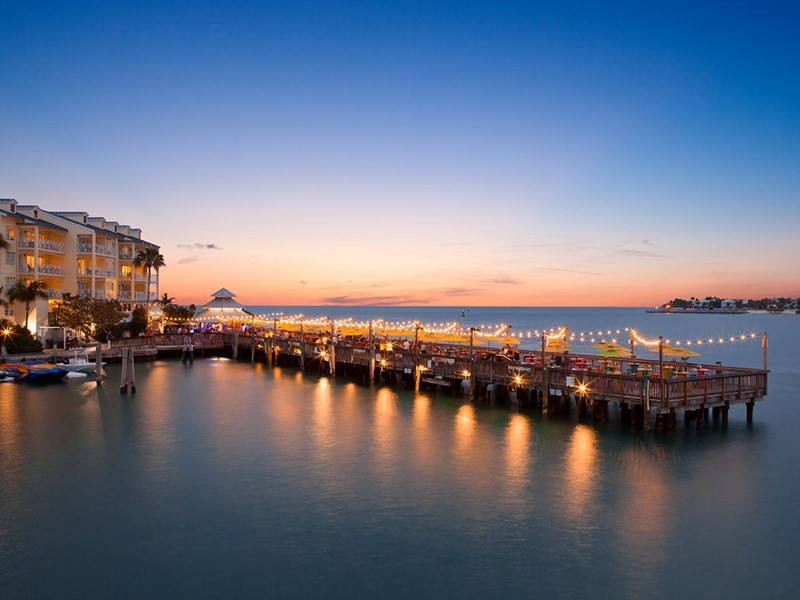 Le Sunset Pier est le meilleur bar au bord de l'eau de Key West.