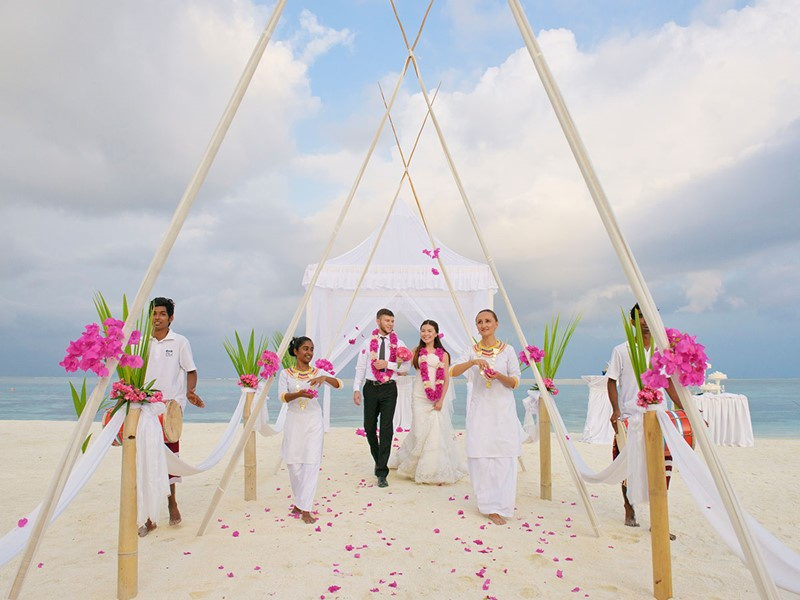 Mariage dans un cadre idyllique à l'hôtel Olhuveli