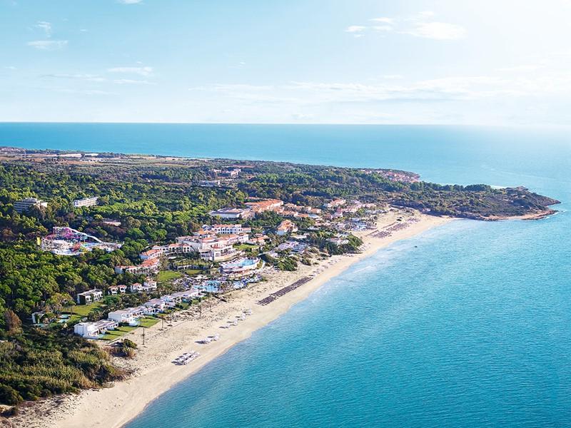 Vue aérienne de l'hôtel Olympia Oasis au Péloponnèse