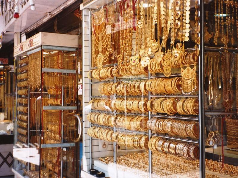 Rejoignez les souks d'or et d'épices de Deira