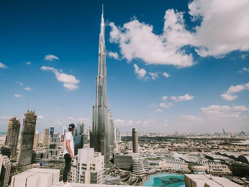 Grimpez au 163e étage du Burj Khalifa