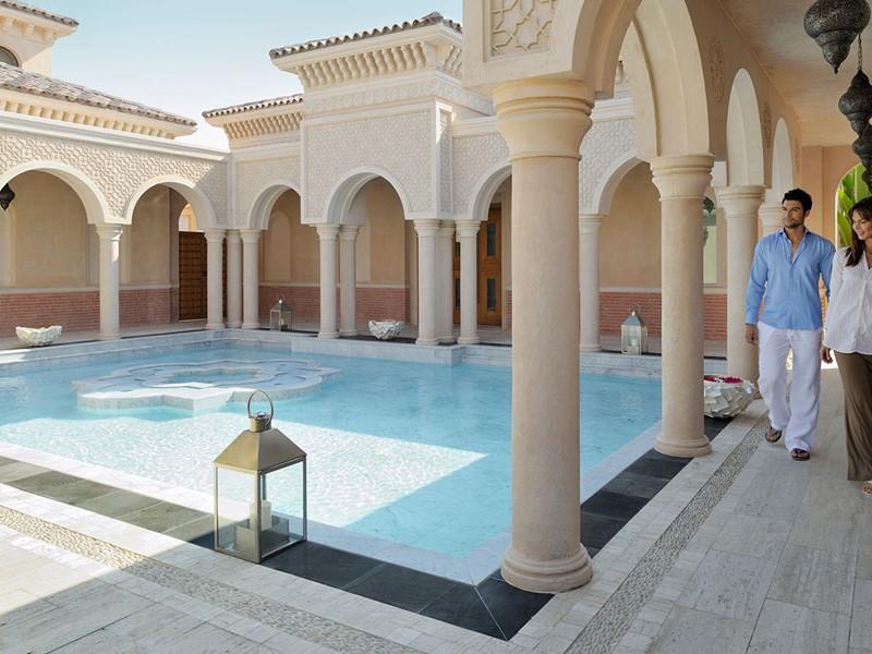 La piscine du spa du One & Only The Palm