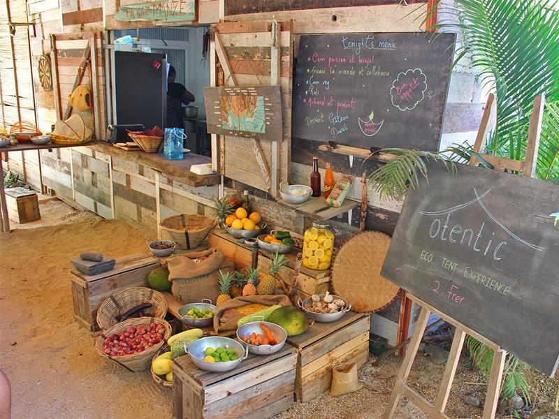 Découvrez des saveurs locales au Otentic Eco Tent Experience